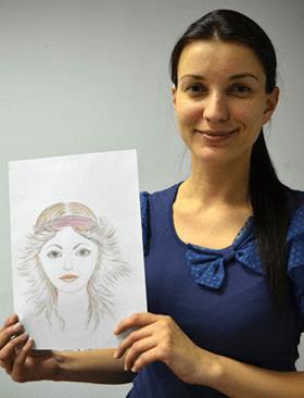 Портрет девушки карандашами